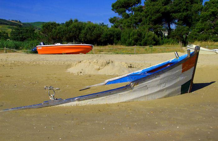 Eingebettet im Sand